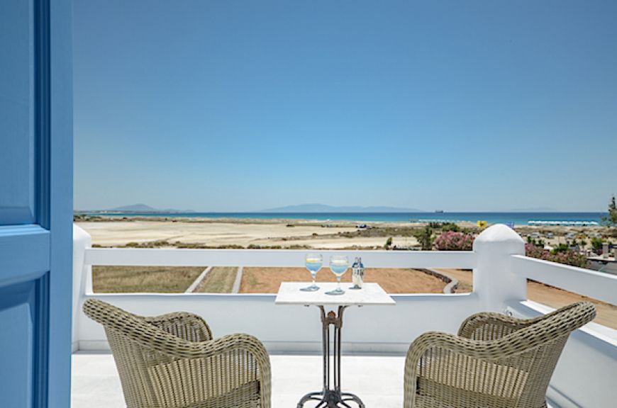 Naxos Beach Villas