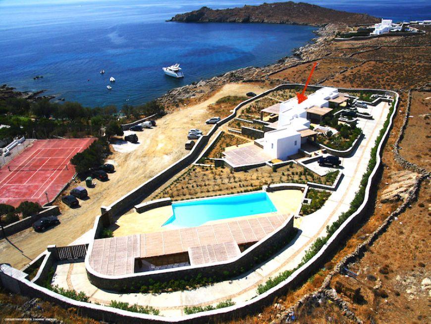Villa Narya