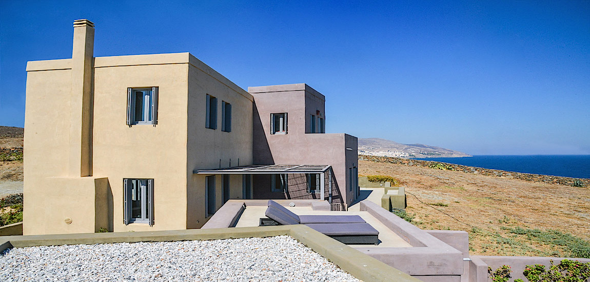 Click to enlarge image A1_Villa_with_Ermoupolis_in_the_background_and_the_Aegean_in_the_front.jpg